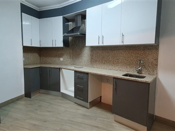 Apartment Floor Dwelling T3 / Gondomar, São Cosme Zona 2