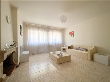 Apartment T3 / Pombal, Governos
