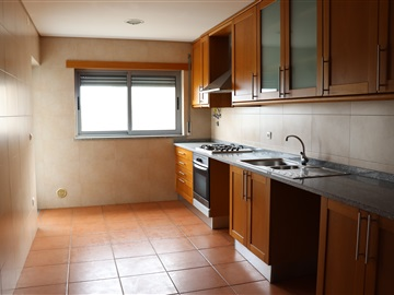 Appartement T2 / Abrantes, Rossio ao Sul do Tejo