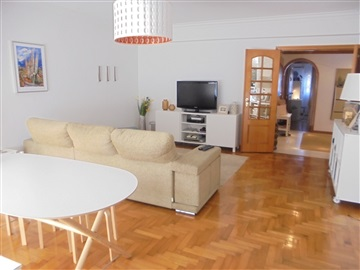Appartement T2 / Sintra, Massamá