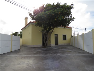Detached house T3 / Alcobaça, Benedita