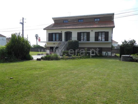 Detached house T5 / Esposende, Belinho