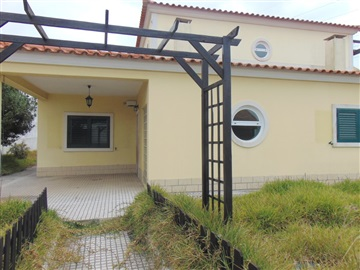 Detached house T5 / Seixal, Fernão Ferro
