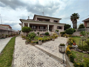 Detached house T6 / Cantanhede, Febres