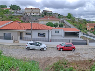 Semi-detached house T3 / Paredes, Lordelo
