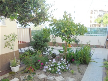 Semi-detached house T3 / Seixal, Amora
