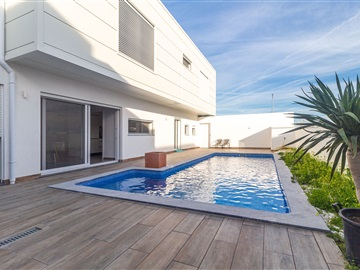 Semi-detached house T4 / Tavira, Tavira (Santa Maria e Santiago)